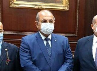 رئيس الشيوخ يستقبل هشام حطب للتهنئة والتعاون بين المجلس واللجنة الأولمبية